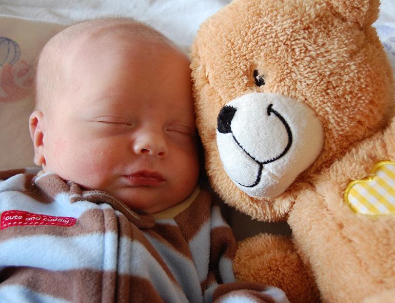 cuidados com recém-nascido - canguru online