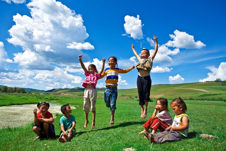 childrens-1256840_960_720.jpg (245 KB)