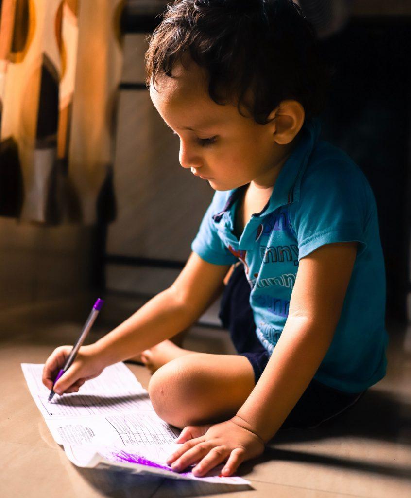Dislexia em crianças: saiba como identificar o transtorno