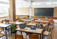 Simulador de dispersão do coronavírus nas escolas calcula que até 46% dos alunos podem ser infectados caso escolas reabram em SP; imagem mostra sala de aula vazia