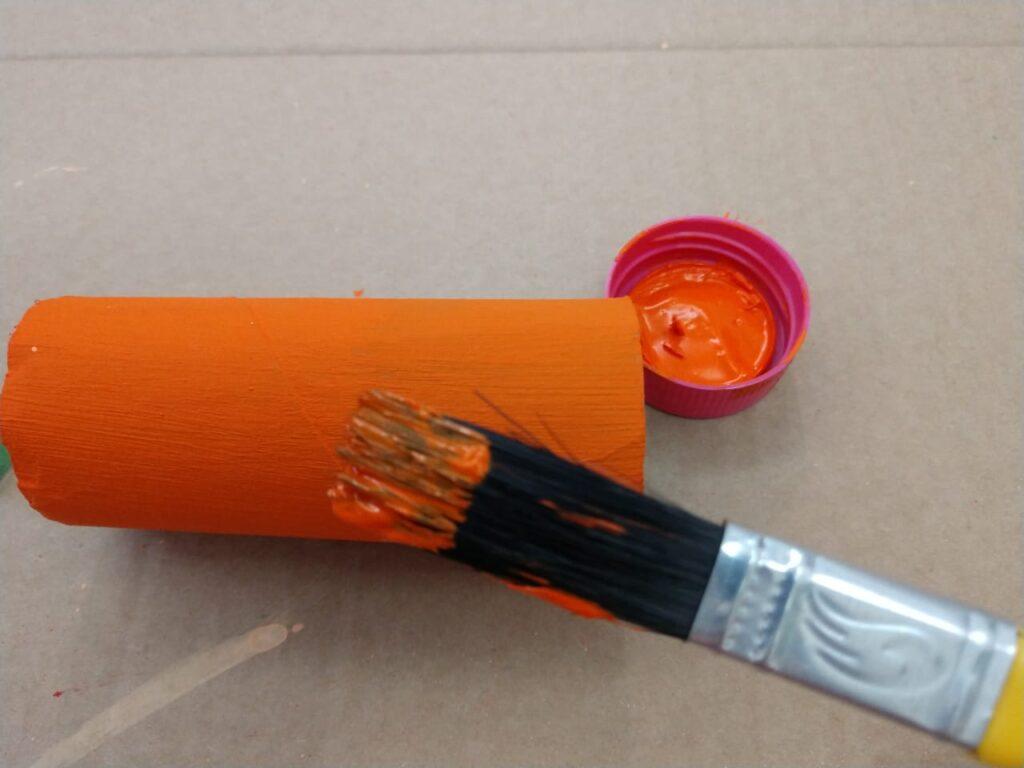 Halloween: como fazer bonecos horripilantes com rolinhos de papel higiênico