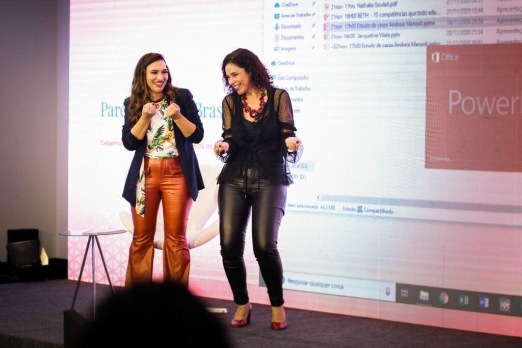 Congresso de educação parental: Jacque (da esquerda) e Ivana comemoram realização de evento pioneiro que discutiu o papel desse profissional na sociedade