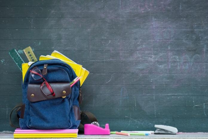 Lista de material escolar: 3 estratégias para reduzir os gastos; mochila, régua, fita adesiva e outros itens escolares