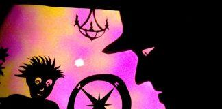 Festival de Teatro de Sombras traz obras sobre a poesia, a morte e Einstein; reprodução de cena do espetáculo