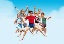 Confira produções com viagens divertidas em família para aproveitar o recesso escolar; cartaz do filme