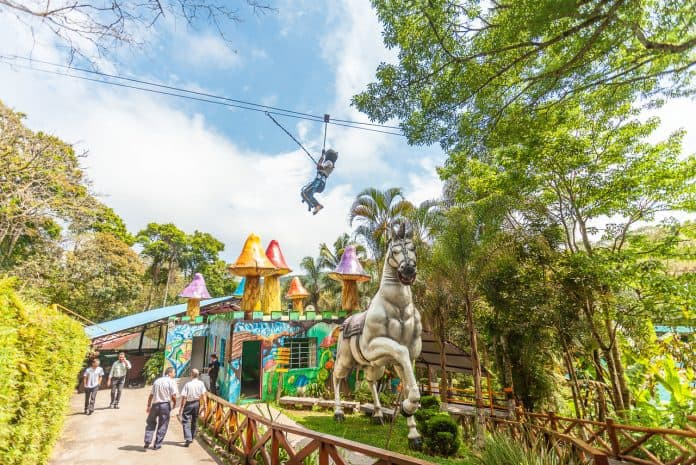 9 destinos próximos de São Paulo para aproveitar as férias de julho; vista do Sitiolândia Eco Park