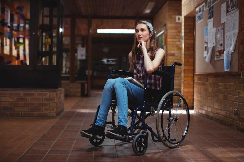 Namoros, abuso sexual e outros desafios dos adolescentes com deficiência