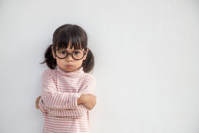 Os rótulos e padrões que prejudicam as crianças